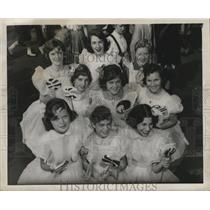 Press Photo New Orleans Mardi Gras kids with lollipops - noca00083
