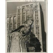 1956 Press Photo New Orleans Mardi Gras Kent Barrois in costume - noca00944