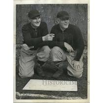 1942 Press Photo Coaches, Chicago Bears, Luke Johnson (l) and Heartley Anderson.
