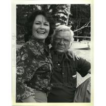 "1979 Press Photo Buddy Ebsen and Marj Dusay star in ""The Paradise Connection"""