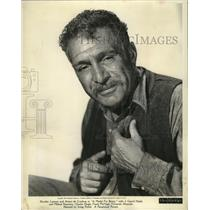 """1944 Press Photo J. Carrol Naish-Actor-Master of Dialects-""""A Medal For Benny."""""""