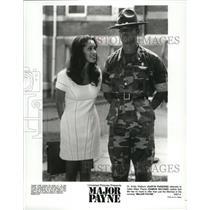1995 Press Photo Karyn Parsons and Damon Wayans star in Major Payne - spx09574