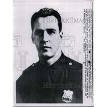 158 Press Photo Patrolman McDermott wounded in shooting at Times Square N.Y.