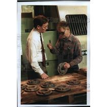 1995 Press Photo Harlan Knuth and Harry Olson at a Sundstrand Corporation plant