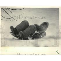 1984 Press Photo Ryan Kraemer Slides Down the Hill in Kletzsch Park - mja36370