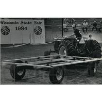 1984 Press Photo John Steinbrink during the State Fair tractor-driving contest.