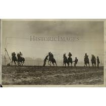 1917 Press Photo Start of a horse race at a track - net26846