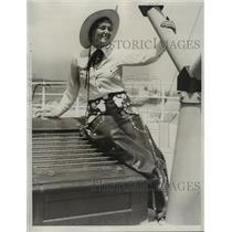 1933 Press Photo Ardoth Schneider Sweetheart of California Rodeo - net27239
