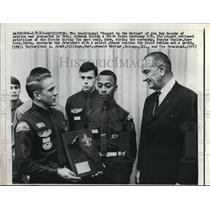 "1967 Press Photo Boy Scouts ""Report to the Nation"" with Lyndon B. Johnson"