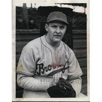 1940 Press Photo Bert Haas of the Brooklyn Dodgers - net28032