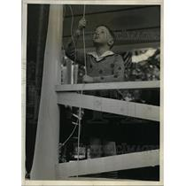 1933 Press Photo James Calvin MacKay, 9, the Great Grandson of Samuel Gompers