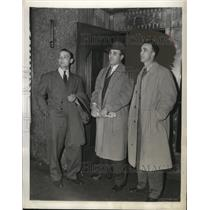 1943 Press Photo Senators players Stan Spence, Dutch Leonard, George Case