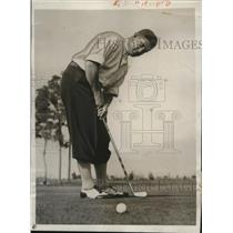 1933 Press Photo Gordon Mickey Cochrane of A's at golf at Ft Myers Fla
