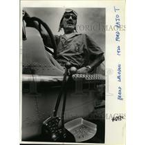 1926 Press Photo Harold Langdon on 1926 Ford Rajo T - oro04013