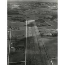 1953 Press Photo Aurora Flight Strip view from 3000 ft looking North.