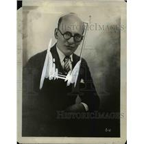 1927 Press Photo William Priess Radio Engineer and Manufacturer Portrait