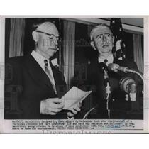 Press Photo Gen Albert C Wedemeyer At News Conference With Sen Robert A Taft