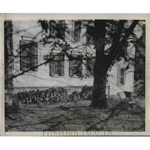 1946 Press Photo John L. Lewis of United Mine Workers Home in Alexandria, VA