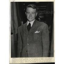 1942 Press Photo Lew Ayres, film star, in Sacramento, California - mjx18478
