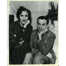 1935 Press Photo George Burns and Gracie Allen - mjx19391