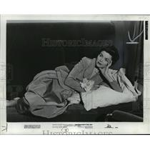 1950 Press Photo Dorothy McGuire in Mother Didn't Tell Me. - mjx19850