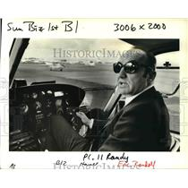 1990 Press Photo Eric Randolph Owner CrimeFlight Incorporated Police Helicopter
