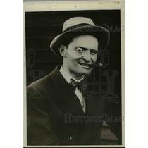 1928 Press Photo Baron Gunther Huenefeld to Take Off On Trans-Atlantic Flight