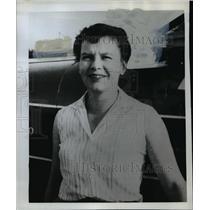 1962 Press Photo Carol Gillespie announced she will enter the Powder Puff Derby