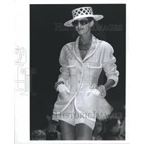 1990 Press Photo Fashions Women - RRR51551