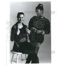 1990 Press Photo Fashion Women - RRR59705