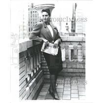 1990 Press Photo Fashion Women Elisabeth - RRR59975