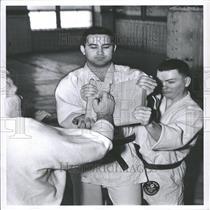 1960 Press Photo Lerie Wyne Hale Hotel Coach - RRY12531