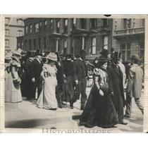 1888 Original Photo Easter Parade New York Fifth Avenue - RRR81731