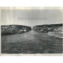 1900's Press Photo The World's Narrowest Canal - RRR88363