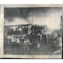 1952 Press Photo Airliner crashes into apartment house - RRR22735