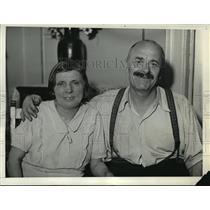 1934 Press Photo New York Mr & Mrs Frank Rotovinik win $75000 NYC - neny05079