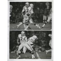 Press Photo Baltimore Colts quarterback Bert Jones hands the ball off