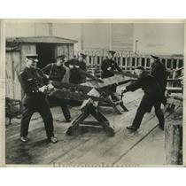 1932 Press Photo San Francisco Unemployed Working on Wood Cutting - ney22671
