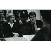 1981 Press Photo Nancy Laffey, News Anchor, with Mathew Flynn, Attorney