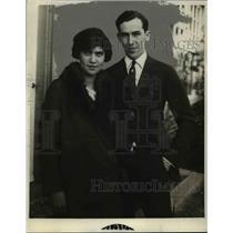 1928 Press Photo Lester Norris & Wife, St. Charles Illinois - nef40697