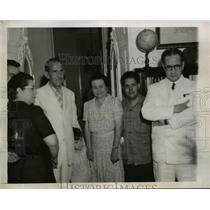 1944 Press Photo New Cuban President Dr. Ramon Grau Sanmartin with Family
