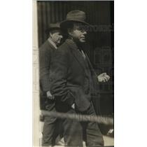 1921 Press Photo Captain James Hewston of $500,000 Whiskey Smuggler - nef48276