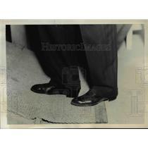 1936 Press Photo Film Actor Gene Raymond's Shoes - nef37695