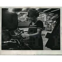 1974 Press Photo Blanche Tate, Female Machinist - mja42964