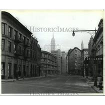 1989 Press Photo New York themed buildings in Disney World - mjx22557