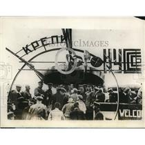 1928 Press Photo Crowds Gather In October Field Constitution And Defense Day