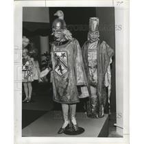 1920 Press Photo Mardi Gras Carnival, Krewe member costumes of around 1920