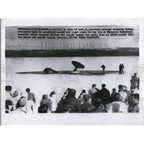1958 Press Photo Arthur E. Love of Lodi, O., narrowly escaped drowning
