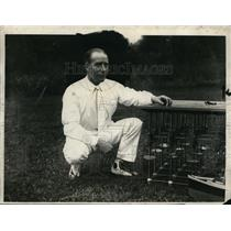 1926 Press Photo Edward Armstrong Shown with Working Model of His Seadrome