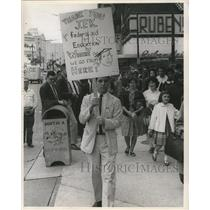 1961 Press Photo Congress of Racial Equality JFK policy protest - nox01295